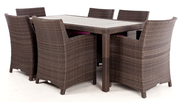 Table d ner rectangulaire ciro avec surface en bois for Meuble patio montreal